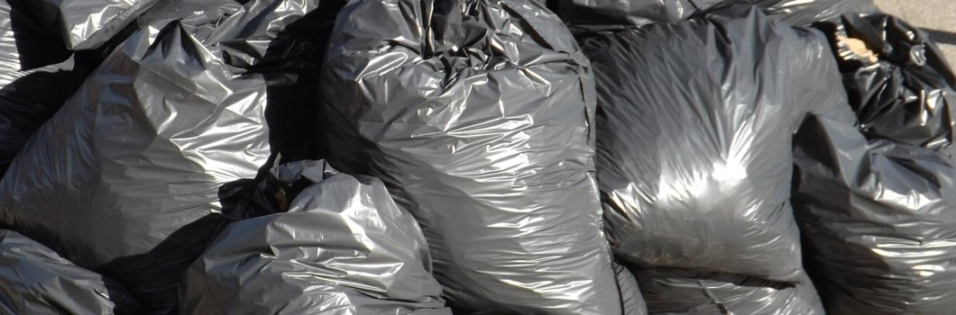 Ugjennomsiktige søppelsekker vil bli forbudt